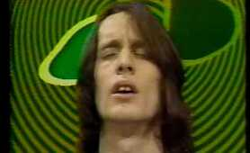Todd Rundgren - Born To Synthesize (Midnight Special 2-75)