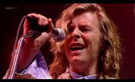 bowie at glastonbury 2000 720 x 1280