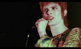 David Bowie - Suffragette City - live 1972 (rare footage/2016 edit)